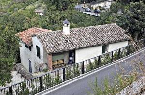 Image #: 15417342 A view of the house where British student Meredith Kercher was killed in November 2007, in Perugia September 22, 2011. Kercher was found half-naked lying in a pool of blood with her throat cut in the house she shared with Amanda Knox, her former Italian boyfriend Raffaele Sollecito and Ivorian Rudy Guede. They were convicted and jailed in 2009 for the murder. REUTERS/Giorgio Benvenuti (ITALY - Tags: CRIME LAW) REUTERS/Giorgio Benvenuti /LANDOV