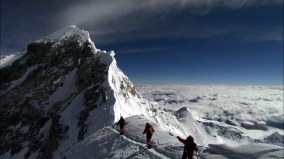 Mount-Everest-big-summit-point-HD-Wallpaper